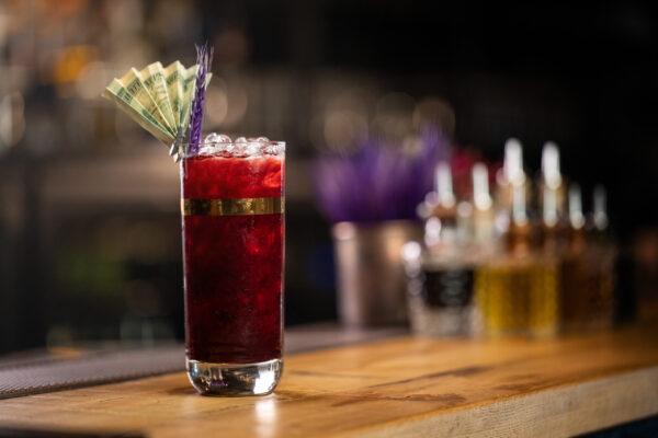 Gold digger cocktail